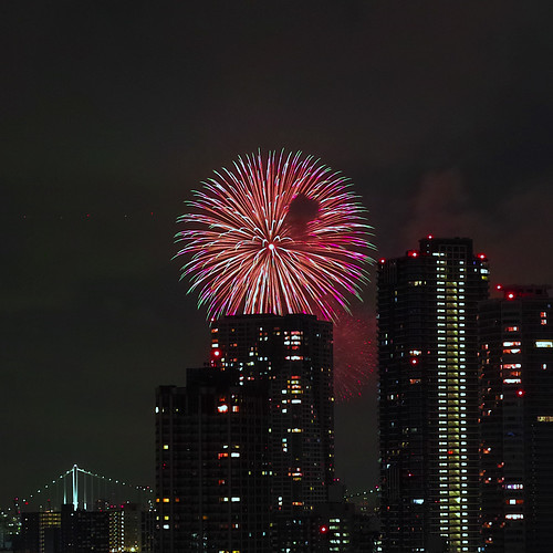 TokyoBayFireworks2012-DP2-M-01-SDIM0481