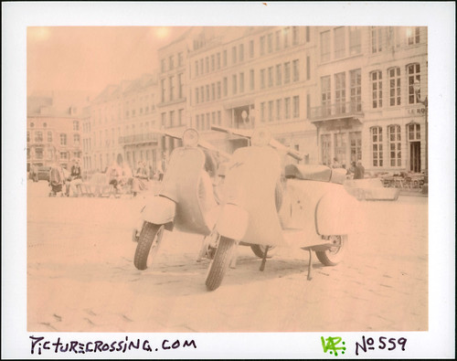 PX No.559 - 2 Vespas in Mons by LANCEPHOTO