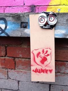 Junky, Brunswick