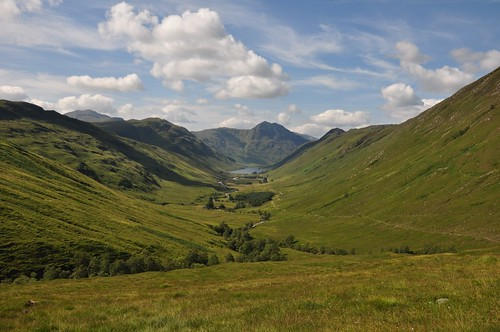 Looking west along Glen Elchaig