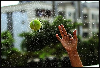 Fibonacci spin... (tennis ball spray)
