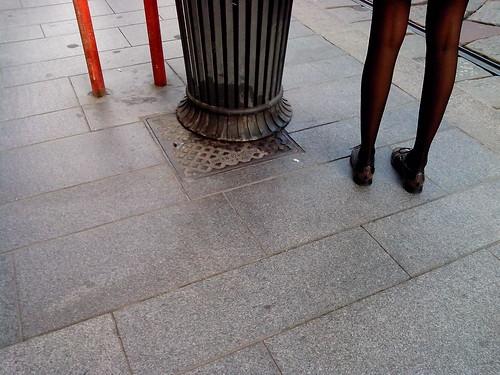 Due gambe da modella by Ylbert Durishti