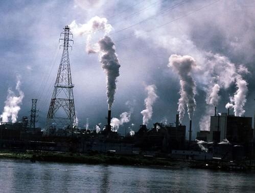 極端天氣等氣候變遷症狀讓環境修復成本增加。