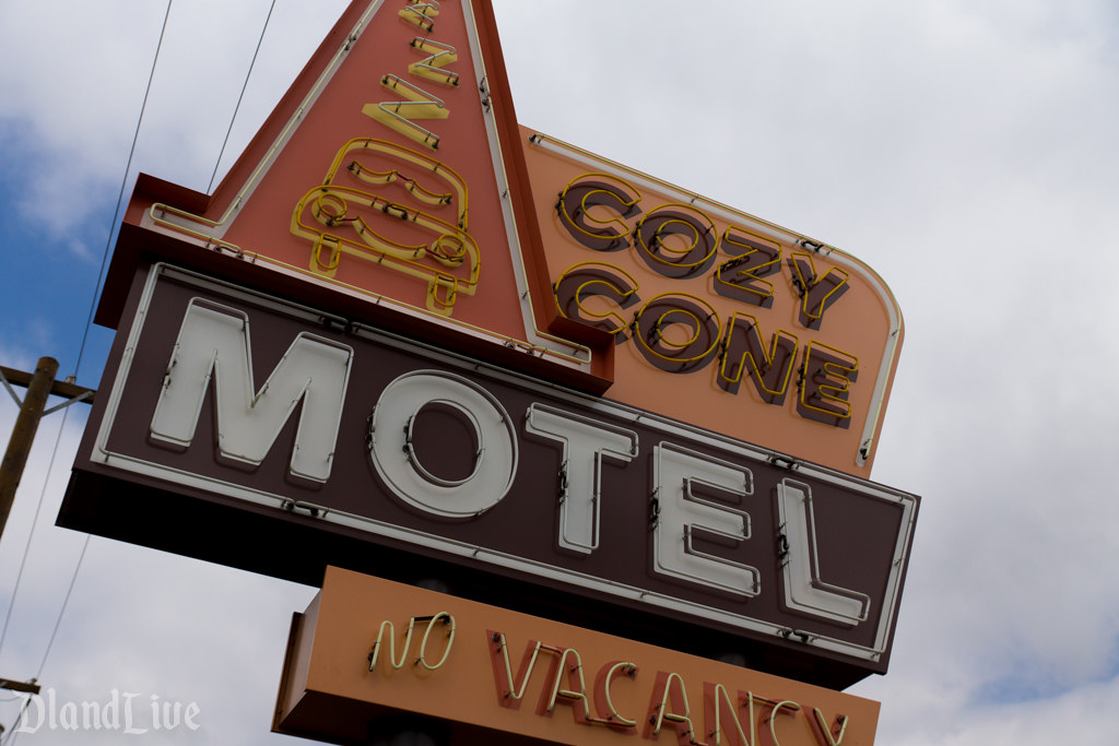 Cozy Cone Motel - Cars Land
