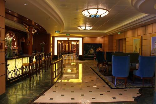 Disney Fantasy Atrium bar