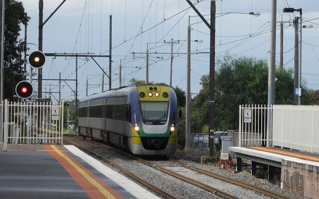 V/Line train approaching Clayton station