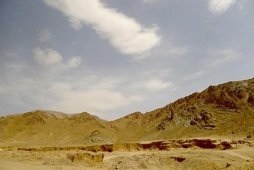 yazd-shiraz-L1020860