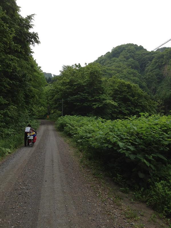 臼別温泉への道 その3