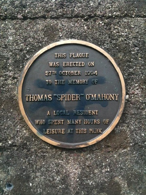 Photo of Thomas O'Mahony black plaque