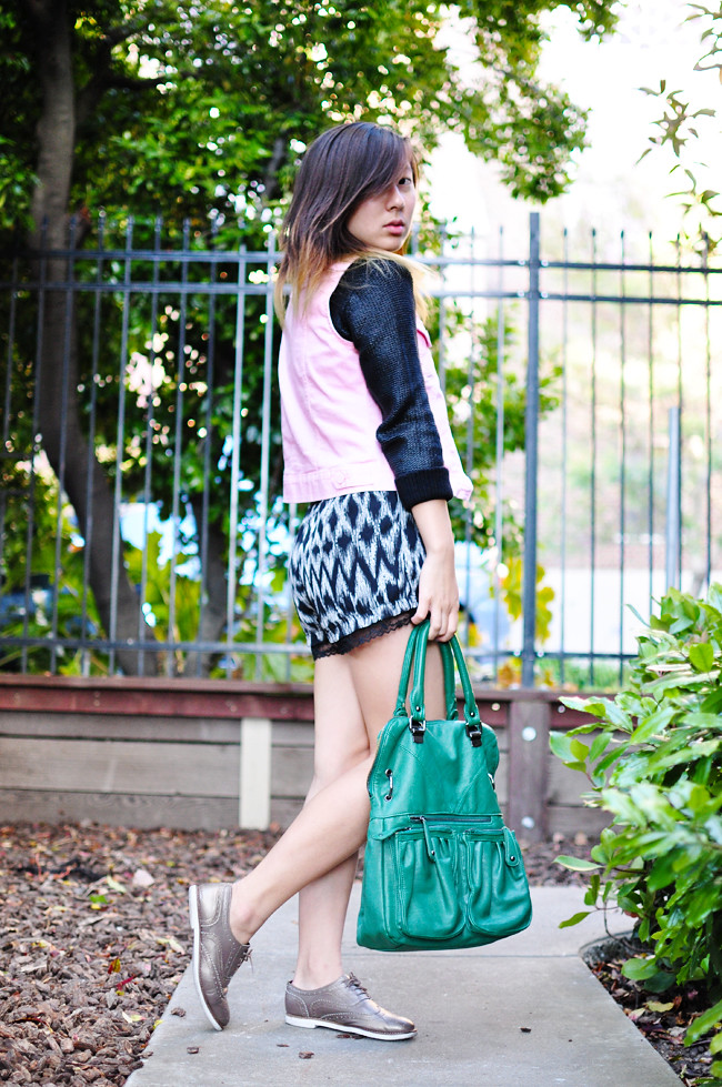 H&M coated sweater, neon pink denim vest, tribal printed shorts {PacSun}, ASOS metallic brogues, leather green bag {Taiwan}
