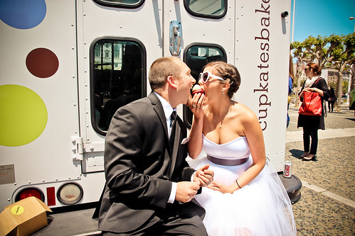 Julie Michelle Photography San Francisco City Hall Wedding food truck