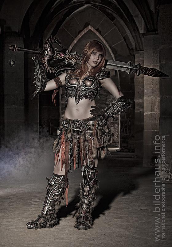 women barbarian cosplay the Conan