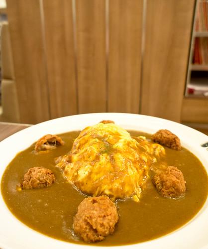 Japanese's Fried Chicken with Egg แกงกะหรี่ไข่กวน ไก่ทอด