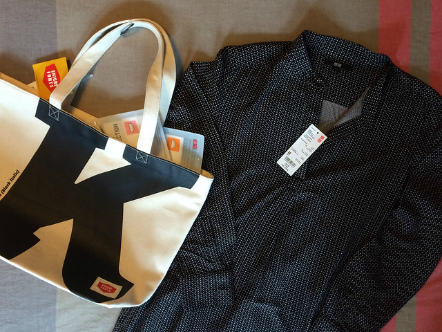 Berlin Uniqlo flagship store opening_ black printed tunic dress and emigre fonts typography tote bag purchases