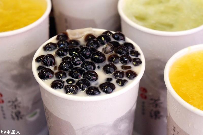 28072841805 fb5632cd99 b - 熱血採訪 | 台中北屯【台灣茶渠】太誇張,珍奶要從吐司裡爆裂出來啦!不使用奶精的真奶茶濃郁好喝~