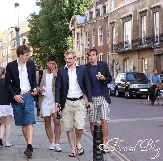 Men's blazer & shorts: Summer looks - Street style