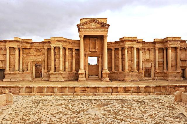 328 Palmyra's theater (Syria)
