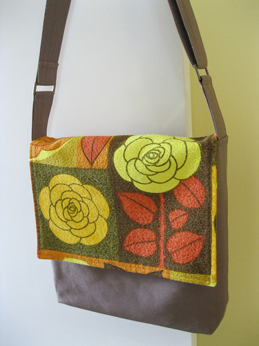 Large Tote & Satchel pattern by Nicole Mallalieu Design