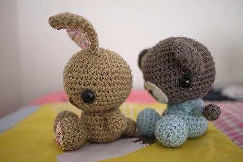 Crocher bunny and bear (sides)