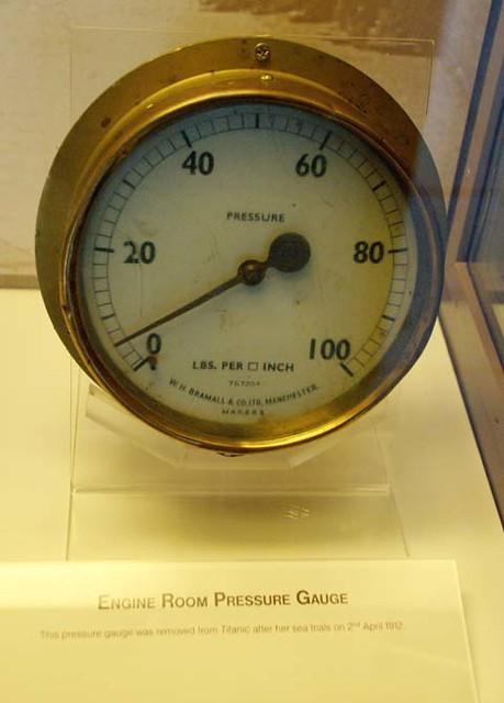 Space Engine Room: Engine Room Pressure Gauge