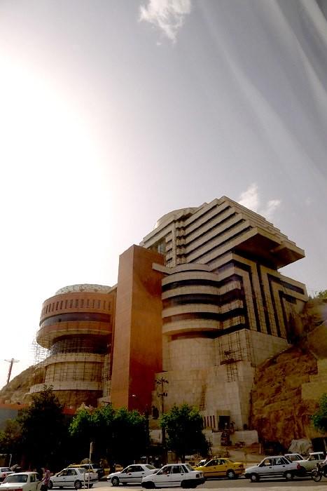yazd-shiraz-L1030160