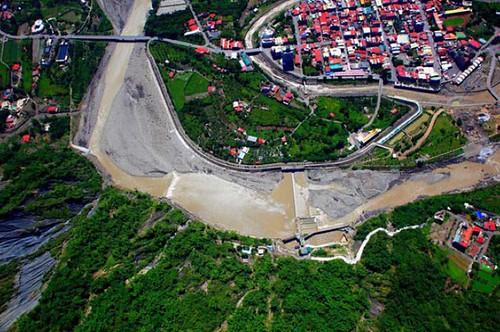 甲仙攔河堰上下游空照圖(圖片來源:甲仙攔河堰管理中心)