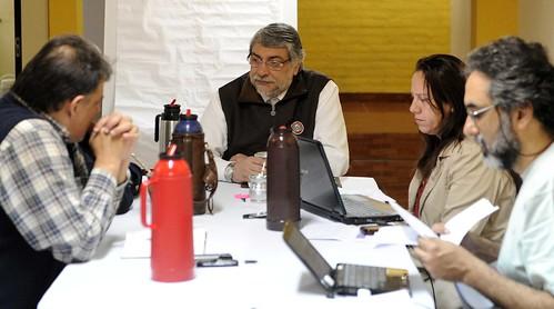 Fernando Lugo con colaboradores