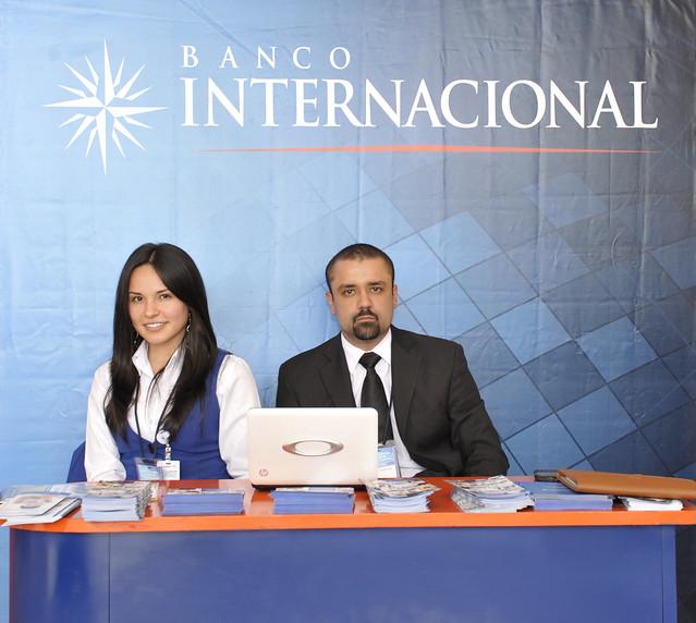 Stand del banco internacional patrocinador del i encuentro for Banco internacional