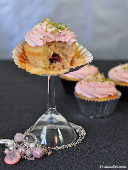 12-07-11_CosmoCupcakes