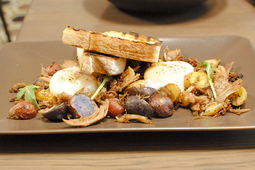 Duck Hash Weiser Farm fingerlings, peppers, 63° egg