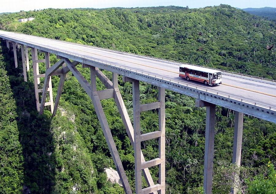 Ponte_de_Bacunayagua