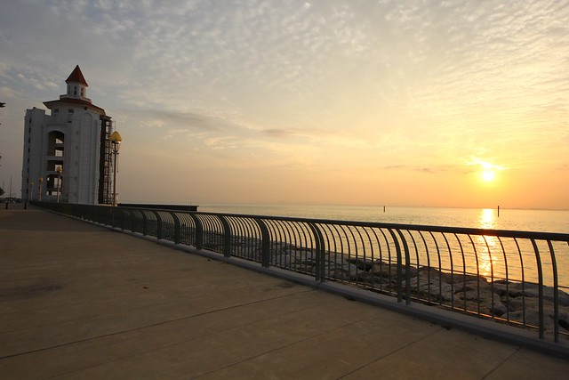 Sunrise: Straits Quay, Penang