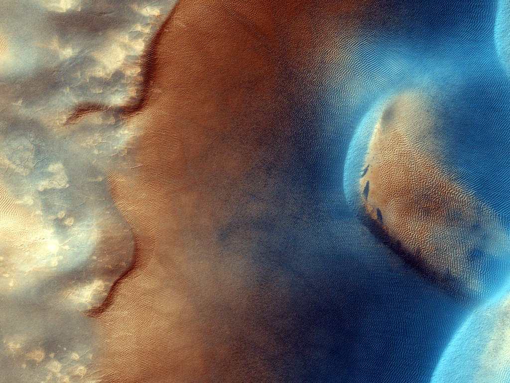 Dust Devil Lines in Dust Devil Lines in the Sand (NASA, Mars, 2009)Sand (NASA, Mars, 2009)
