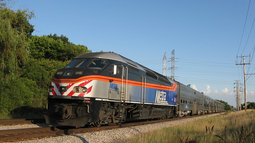 Southbound Metra evening commuter train.  Morton Grove Illinois.  Tuesday, August 6th, 2012. by Eddie from Chicago