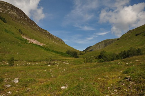 The pass between Aonach Buidhe from Carn na Breabaig