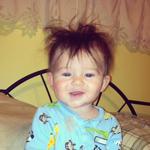 The king of bed head. #bedhead #baby  #boy  #instagood #enjoyingthesmallthings #hair