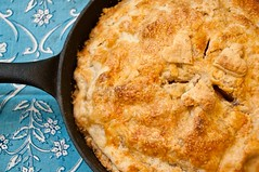 Ginger Peach Skillet Pie