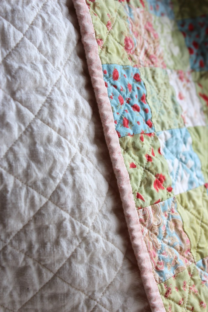 Scattered Flowers Postage Stamp Baby Quilt