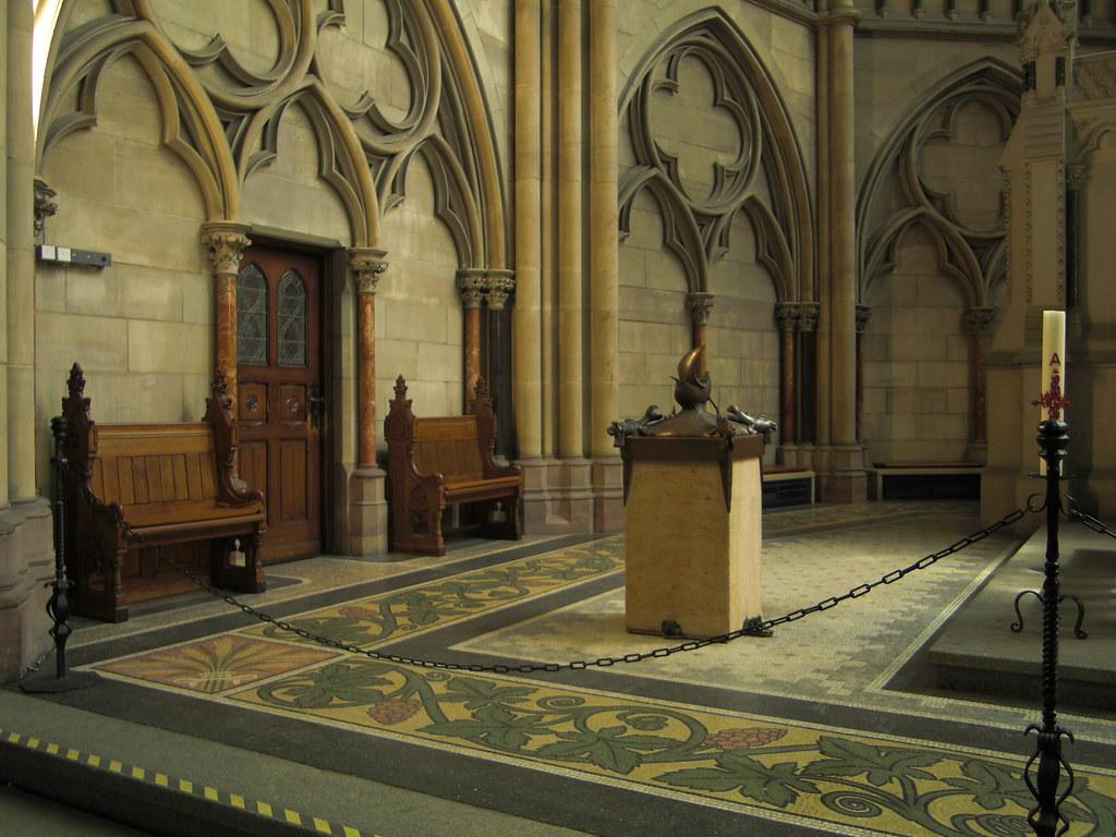 Speyer Gedächtniskirche Innenraum Taufe Kaiserchor Flickr
