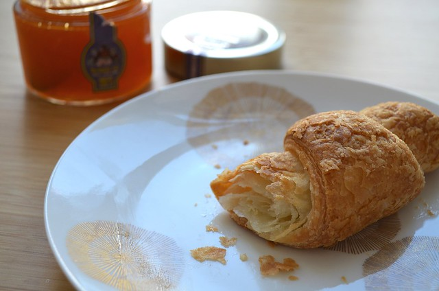 Genius Sans Gluten France croissant and apricot jam