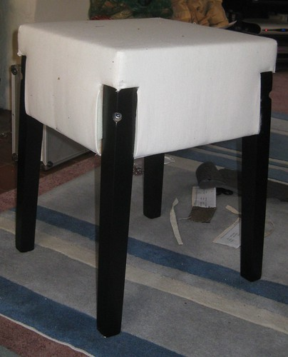 Naked stool