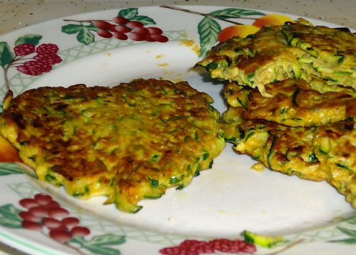 Healthy Recipes! Zucchini Fritters and Cauliflower Poppers