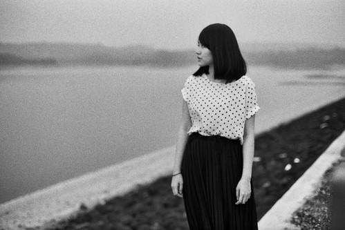 [フリー画像素材] 人物, 女性 - アジア, 人物 - 横顔・横を向く, モノクロ ID:201204182200