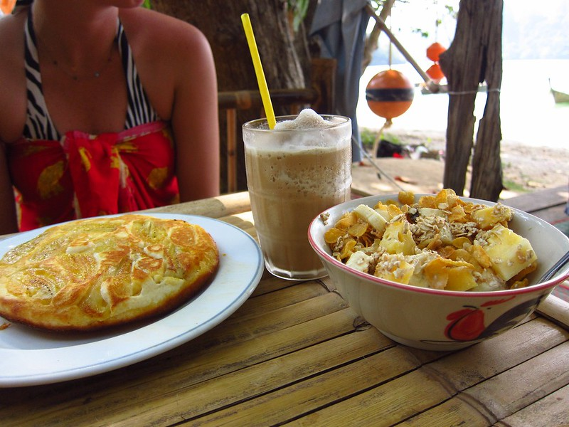Beachside Banana Pancake, Coffee Shake, Muesli