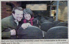 Newspaper snapshot of Brett & Suzzanne Cromwell (2009)