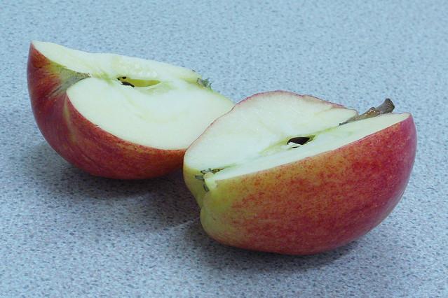 Royal gala apple | Flickr - Photo Sharing!