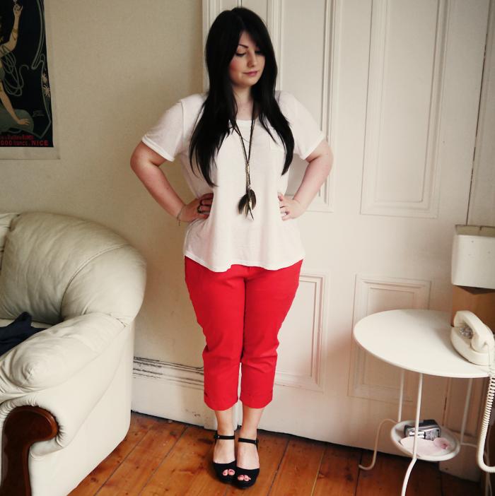 red capri pants 2
