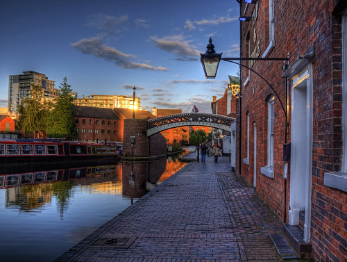 A Canal, and a bridge in Birmingham