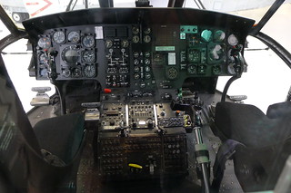 Cockpit: VH-3 Sea King (Marine One)