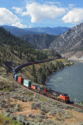 railroad canada cn train bc britishcolumbia stack morris canadiannational thompsonriver intermodal doublestack drynoch thompsonrivercanyon trainno102